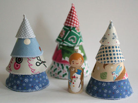 small-object-christmas-trees1