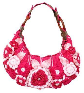 uma bolsa de crochê com alça de couro maravilhosa à venda. Cheia de ...