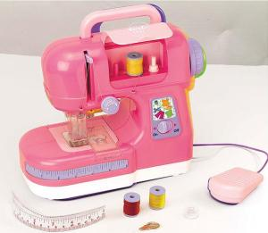 first_sewing_machine11