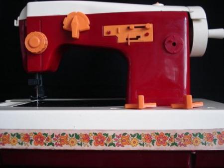 maquina-de-costura-de-brinquedo2