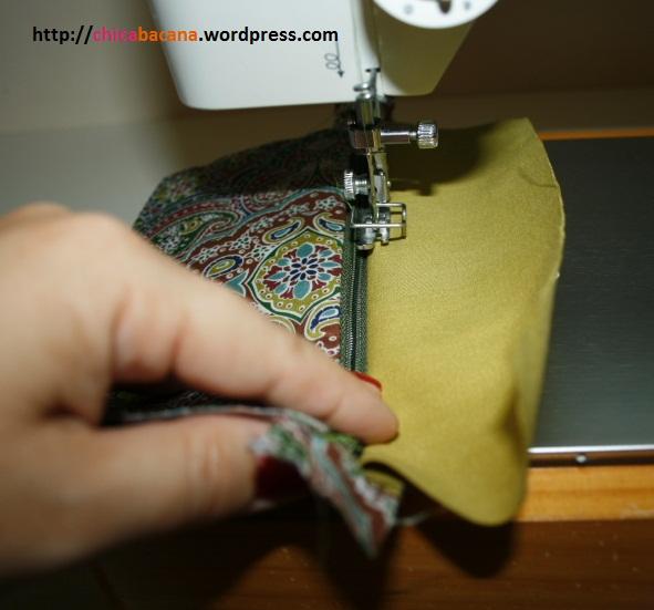 Bolsa De Tecido Com Ziper E Forro : Aprenda a fazer uma bolsinha de m?o com bolso frontal